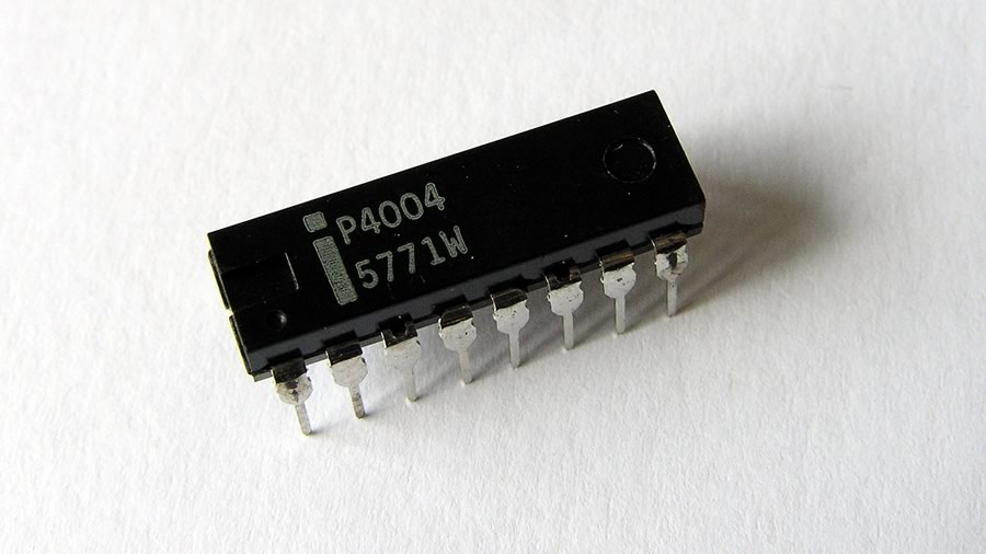 first ever microprocessor 4-bit microprocessor 4004